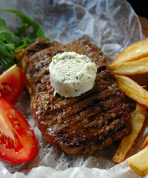 Grilled Steak and Chips