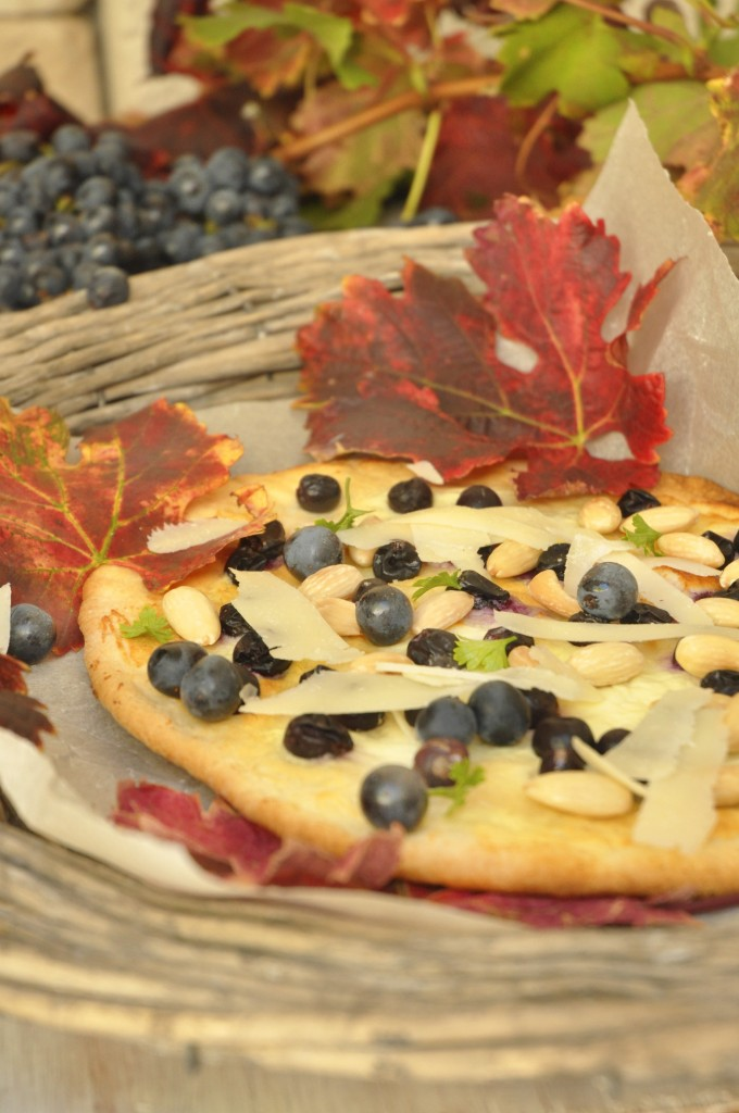 Red Grape Pizza With Honey, Rosemary And Pecorino Recipe ...