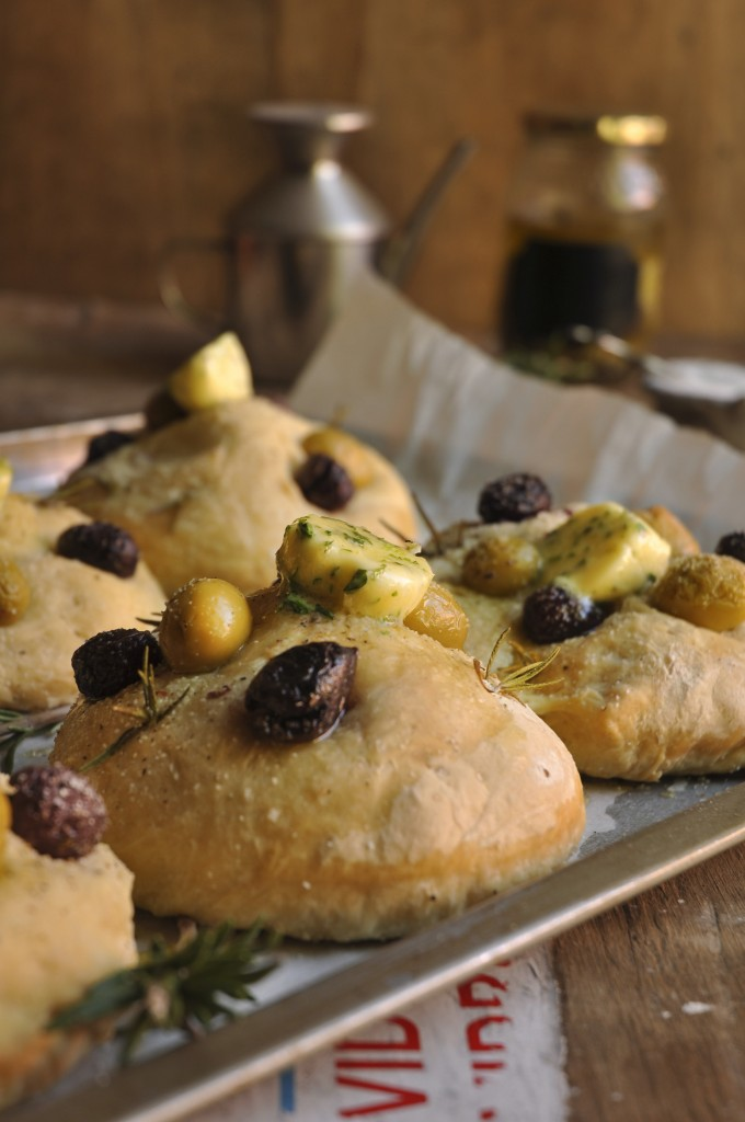Olive Focaccia for the Easter Family Feast - My Easy Cooking