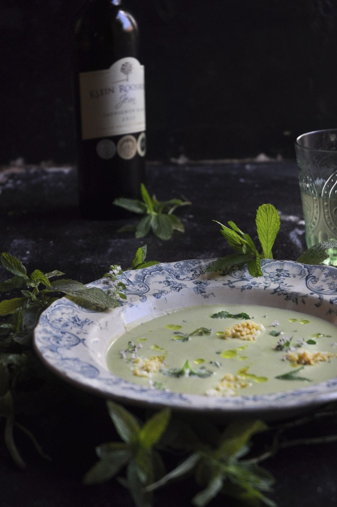 Chilled Minty Pea Soup