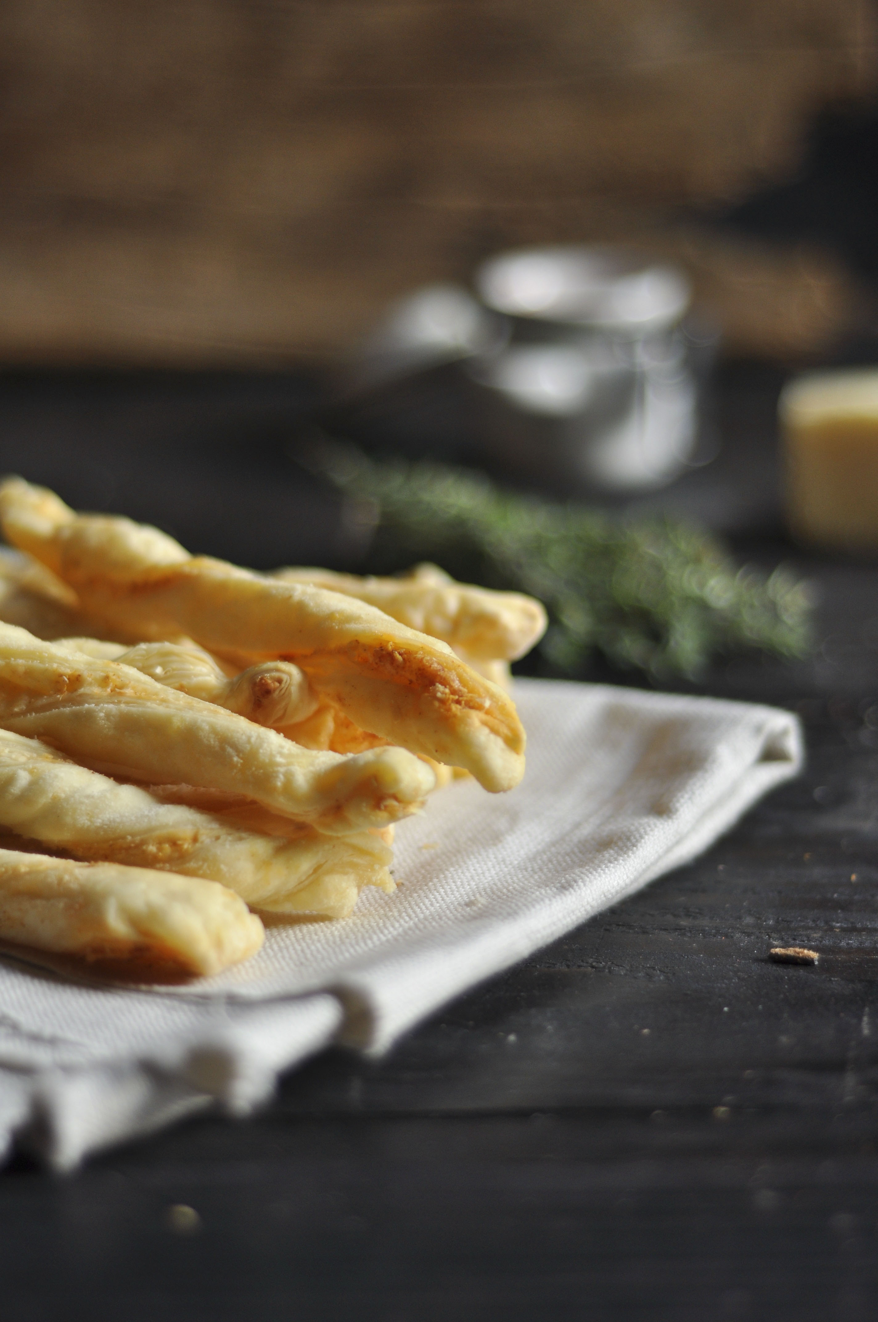 smokey cheese straws