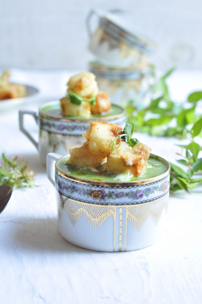 Spinach Soup with Tempura Cheese