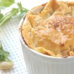 Moreish chicken pie