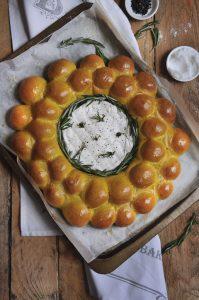 Cheesy Garlic Turmeric Rosemary Rolls