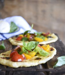 Super Easy Naan Pizzas