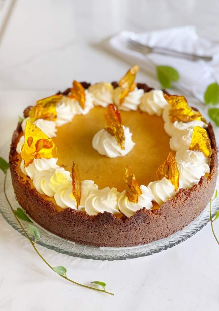Pumpkin Cheesecake with Praline