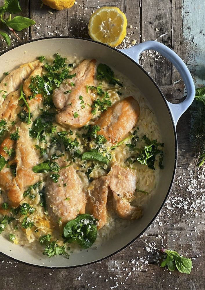 Cheesy Lemon Spinach Orzo with Chicken