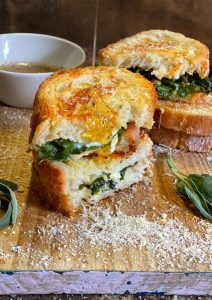Grilled Spinach and Cheese Sandwiches